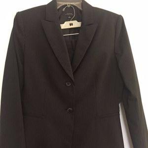 Tahari Arthur S. Levine Size 10 Women's Suit